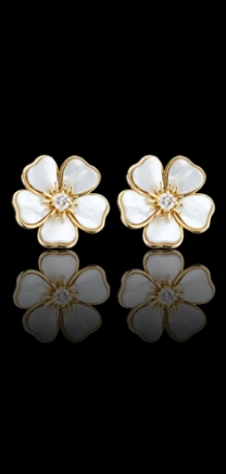 VAN CLEEF & ARPELS EARRINGS Arabe
